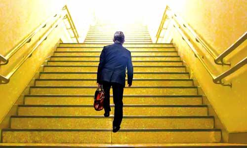 キャリアビルダーは転職するたびにパワーアップ!よりよい条件の会社へ攻める転職