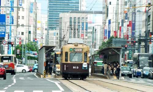 広島県では、転職者向けに様々な支援をしています。知れば転職活動が有利になるかも